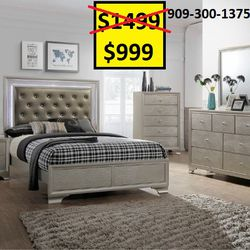 New Modern LED Light up Bedroom Set from Glitz and Glam Collection / Nuevo y Moderno Juego de Dormitorio con Luces LED for Sale in Pomona,  CA