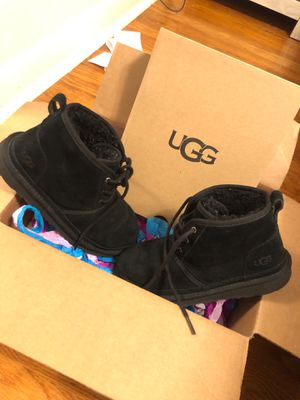 UGGS for Sale in Chesterfield, MO