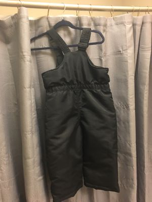 Snow Suit 2 toddler size for Sale in Minot, ND