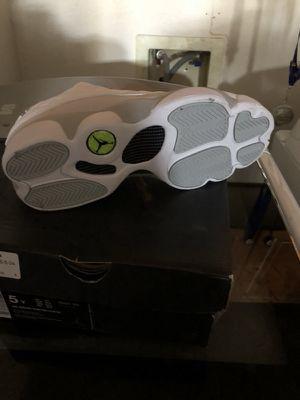 Jordan's size 5 brand new for Sale in Parlier, CA