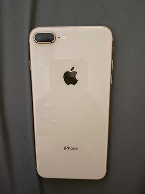 iPhone 8 Plus UNLOCKED for Sale in Kissimmee, FL