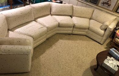 3 Piece Sectional Couch / Sofa Large for Sale in St. Louis,  MO