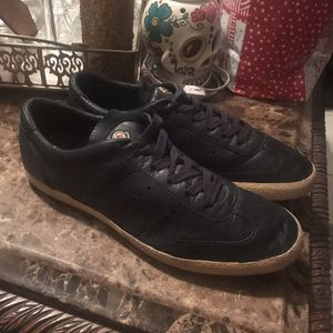 Moncler Size 45 for Sale in Alamo, TX