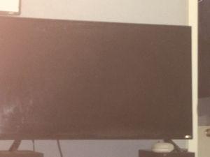 32 inch Vizio tv for Sale in Mesa, AZ