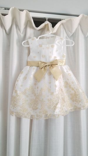 2T dress for Sale in Bonsall, CA
