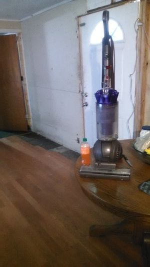 Dyson animal vacuum for Sale in Phoenix, AZ
