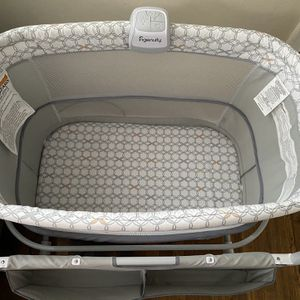 Bassinet for Sale in LaSalle, ON