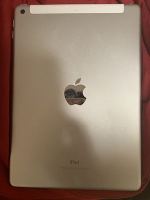 Apple iPad 6th gen for Sale in Hartland, ME