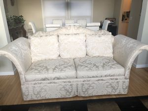 Hickory Chair couch. High end. Very good condition for Sale in Kalamazoo, MI