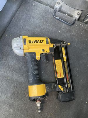 Dewalt 18 gauge nailgun for Sale in Scottsdale, AZ
