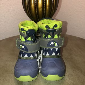 Cat & Jack Boys Thermolite Weather Boots for Sale in Fontana, CA