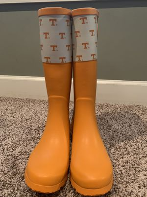 PRICE REDUCTION Brand New UT TENNESSEE rain boots Size 9 for Sale in Murfreesboro, TN