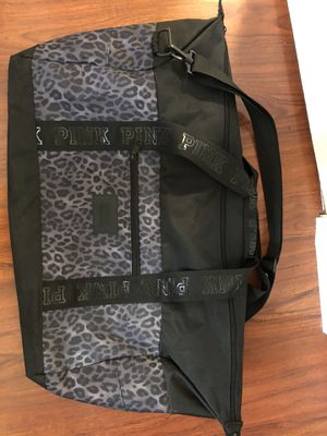 VS duffle bag for Sale in Chino Hills, CA