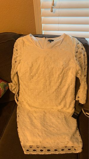 Women's white dress , size 16 for Sale in Fontana, CA