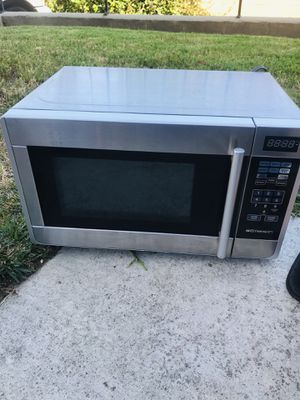 Used small microwave for Sale in La Habra, CA