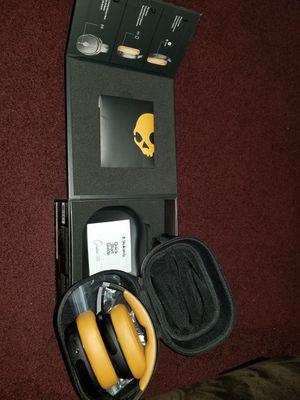 Skullcandy Crusher Wireless headphones for Sale in Warren, MI