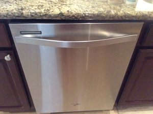 Whirlpool stainless dishwasher works like new for Sale in Weston, FL