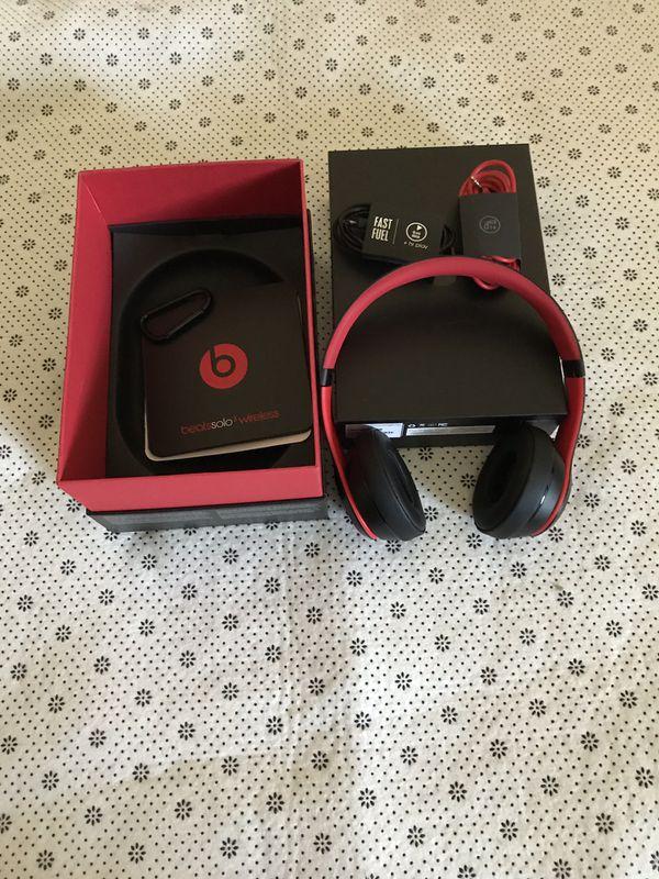 Beat Solo 3 wireless headphone