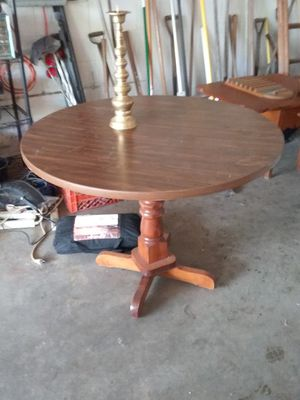 Table has 4 chairs good condition ( would be great for a small kitchen or apartment for Sale in Springfield, OH