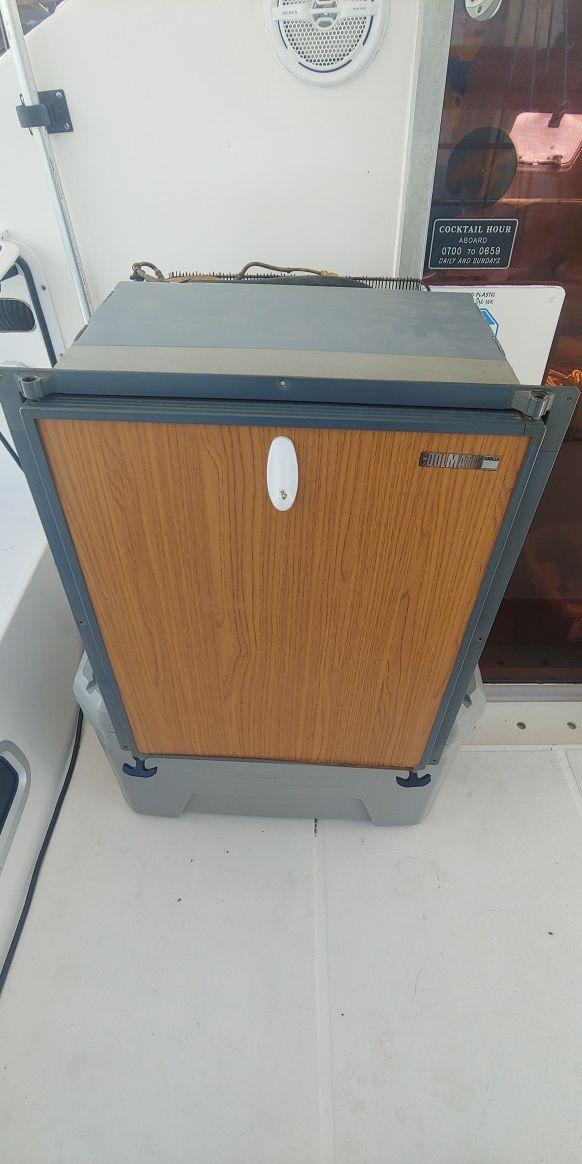 12v waeco dometic 80L fridge 2.7cu ft