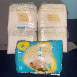 Pampers newborn Diapers for Sale in Garden Grove, CA