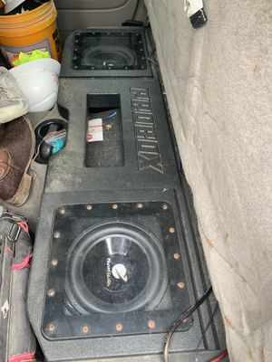 "Planet audio 12"" subs w/ pro box for Sale in San Marcos, TX"