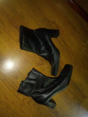 Womens boots leather for Sale in Oak Creek, WI