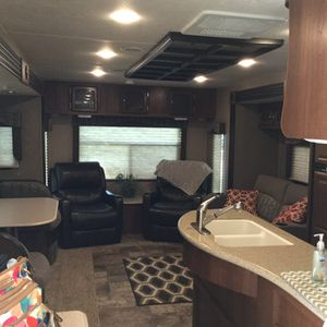2016 Coachmen Travel Trailet for Sale in Fenton, MO