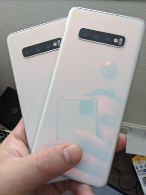 2 white sim unlocked Samsung galaxy s10 plus 128gb for Sale in Elk Grove, CA