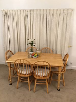 Country Style Table 6 Chairs for Sale in Norwalk, CA