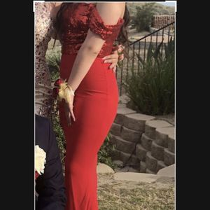 Long red prom dress: size 6 #windsor for Sale in Los Angeles, CA
