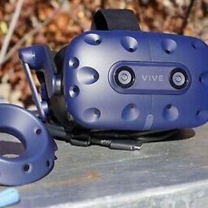HTC Vive Pro VR Kit - Virtual Reality Headset Bundle for Sale in Houston, TX