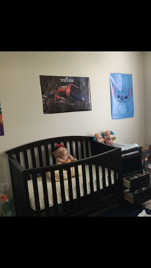 Barely used ikea crib with height adjustment and changing table for Sale in Columbia, MD