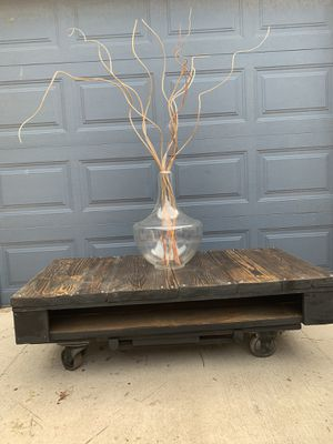 RECLAIMED WOODEN COFFEE TABLE for Sale in TN OF TONA, NY