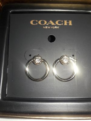 BRAND NEW COACH GOLD ONE OPEN CIRCLE SPARKLE HOOP EARRINGS $88 RETAIL for Sale in Bakersfield, CA