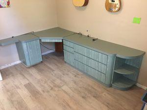 Desk/dresser for Sale in Davie, FL