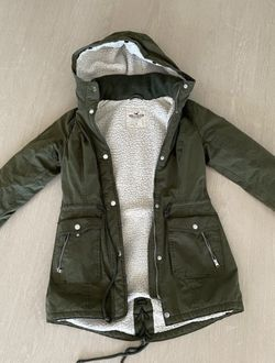 Hollister Parka winter coat size S for Sale in Fort Lauderdale,  FL