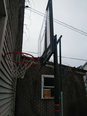 LIFETIME Basketball Hoop for Sale in Fountain Hill, PA