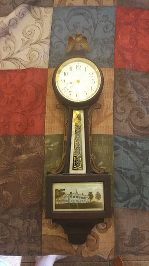 Antique clock for Sale in San Marcos, CA