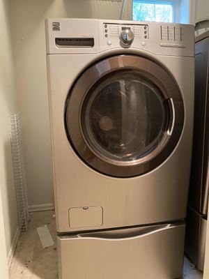 2011 Kenmore washer and dryer for Sale in Seattle, WA