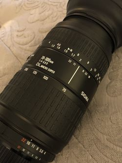 Basically Brand New 📸 Sigma 70-300mm 1:4-5.6 DL Macro Super Camera Lens for Nikon📷$85 Cash Firm. for Sale in Las Vegas,  NV