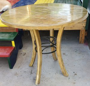 Round wood table for Sale in Phoenix, AZ