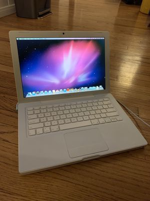 MacBook 13inch (2006) for Sale in Los Angeles, CA