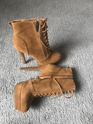 ALDO ankle boots for Sale in Glendale Heights, IL