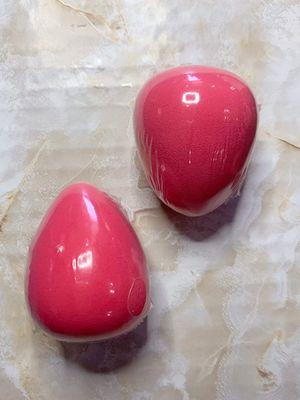 Brand new beauty blenders makeup sponge for Sale in Sanger, CA