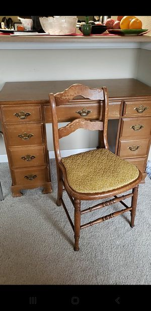 Wood Desk and Chair for Sale in Federal Way, WA
