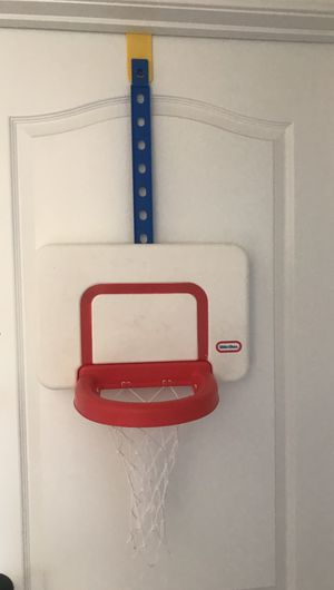 Little tikes basketball hoop for Sale in Warrenton, VA