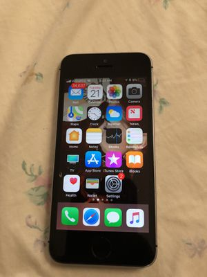 iPhone 5 se for Sale in St. Louis, MO