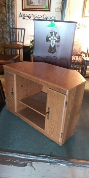 TV Stand With Wheels for Sale in Lancaster, TX
