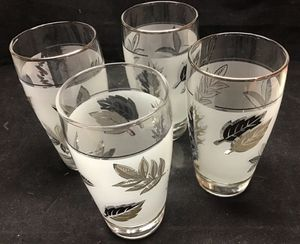 "Vintage Libbey Glass silver leaf frosted drinking tumblers 5 1/4"" set of 8 for Sale in San Jose, CA"